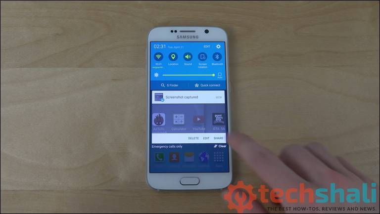 Take a screenshot on Samsung Galaxy S6 and S6 Edge using hardware buttons