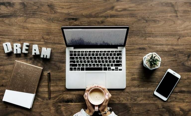 6 Phenomenal Laptop Lifestyle Businesses That Are Easy to Learn