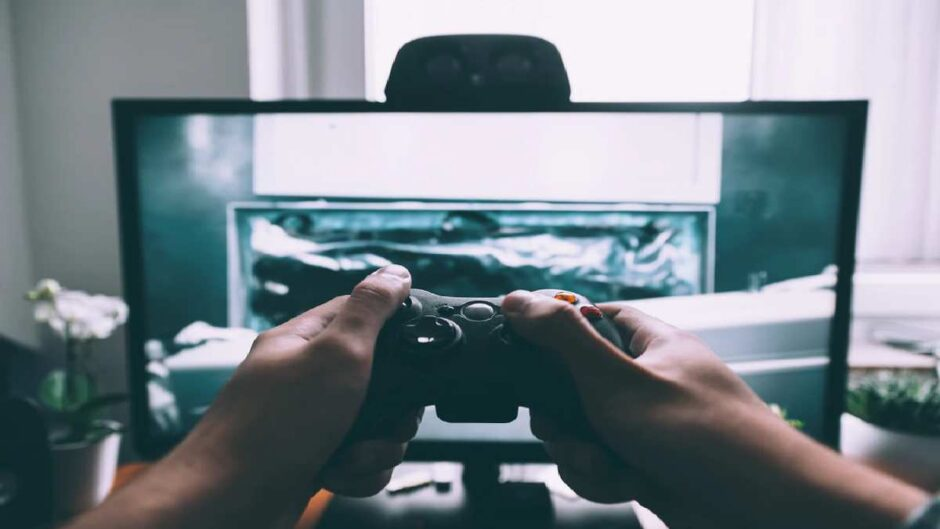 Essential Gamer Gear That Is A Must-Have For Every Video Game Enthusiast