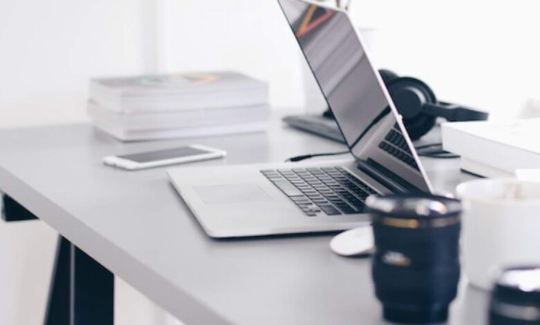 Business Guide: How to Effectively Deliver a Live Course in 5 Steps