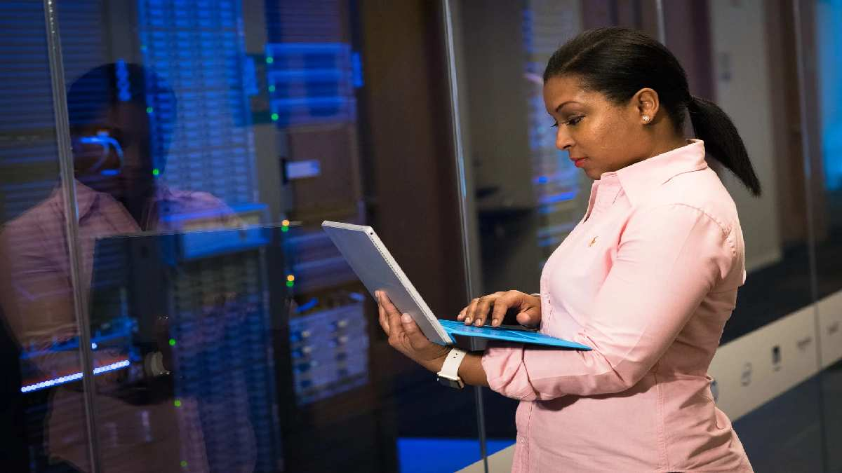 6 Factors You Should Take Into Account When Choosing A Server