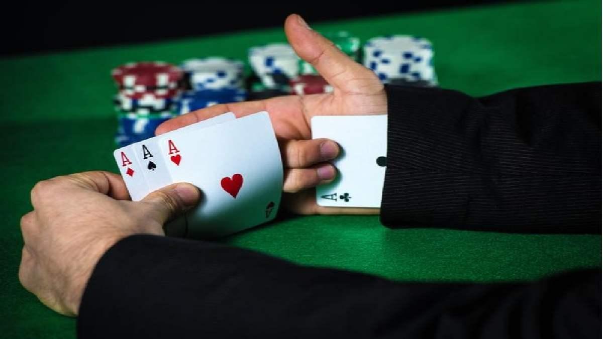 Poker Tips: A Cheat Sheet of Poker Hand Rankings