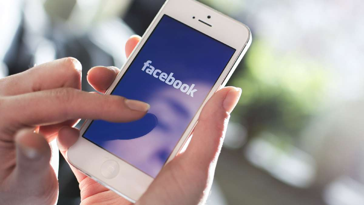 Sign in to Facebook using your mobile browser
