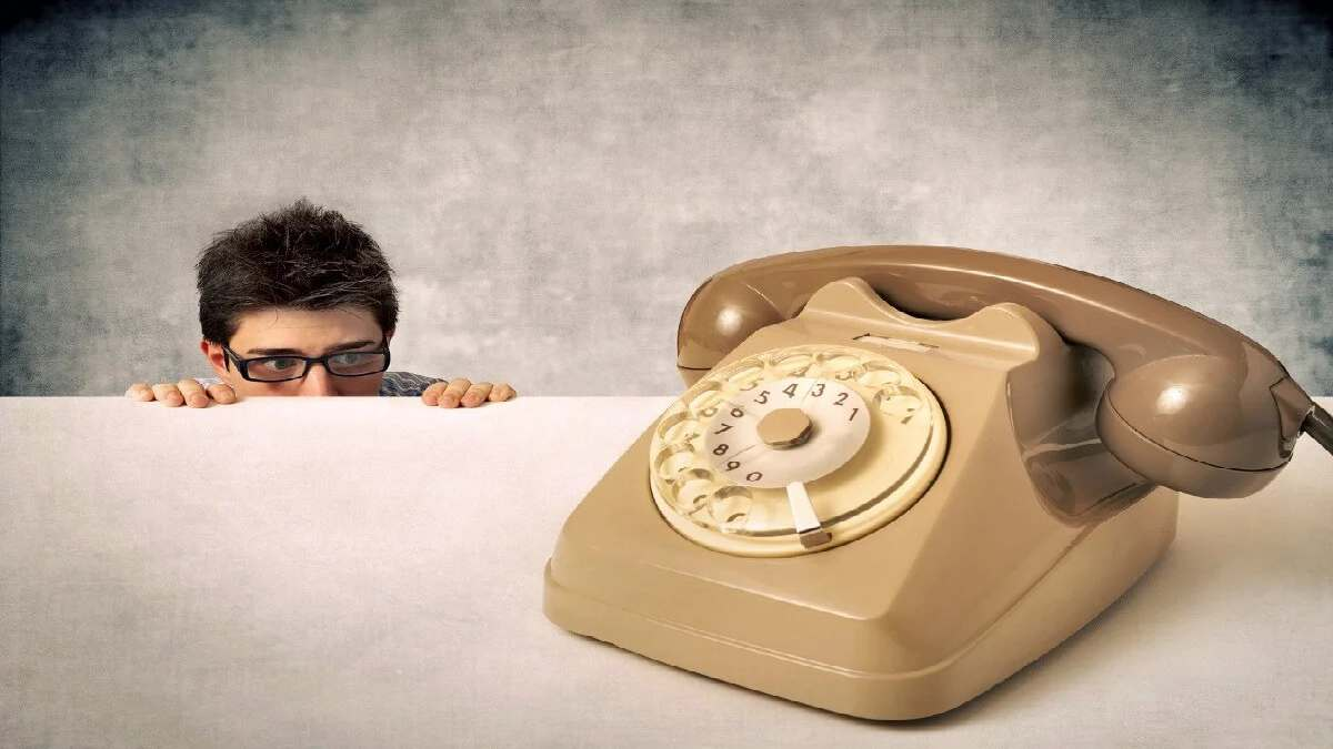 What is Telephobia and how to deal with it?