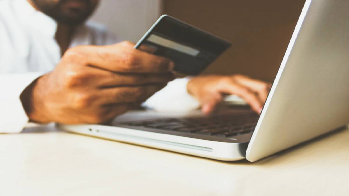 Helpful Tips On How To Accept Payments Online